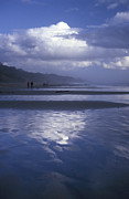 Agate Beach Posters - Evening Walk on Agate Beach Poster by Sandra LaFaut