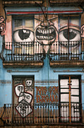 Building Exterior Pyrography - Eyes of Barcelona by Joanna Madloch