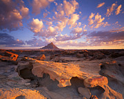 Luna Art - Factory Butte by Ray Mathis