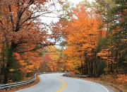 Sunday Drive Photos - Fall Beckoning  by Sue Tarkenton