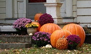 Lois Lepisto - Fall Mums and Pumpkins