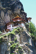 Tibetan Buddhism Paintings - Famous tigers nest monastery of Bhutan 7 by Lanjee Chee