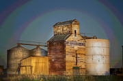 Plains Digital Art - Farmers Grain Co by The Stone Age