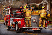 Company Prints - Fireman - Metuchen Fire Department  - Los angeles version - black rae Print by Mike Savad
