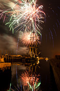 Fireworks Exploding Over Salem's Friendship Print by Jeff Folger