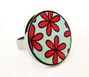 Charm Ring Jewelry - Flowers In Red And Turquoise Ring by Rony Bank