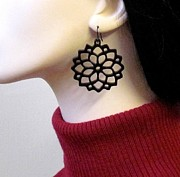 Silhouettes Jewelry - Flowers in the Sun earrings by Rony Bank