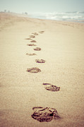 Paul Velgos - Footprints in Sand Retro...