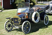 Ford Model T Car Prints - Ford car from 1913 Print by La di  Kirn
