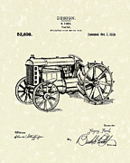 Ford Drawings - Ford Tractor 1919 Patent Art by Prior Art Design