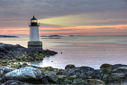 Fort Pickering Lighthouse At Sunrise Print by Juli Scalzi