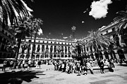 Coin Prints - Fountain And Coin And Stamp Collectors Market On Sunday In Placa Reial Barcelona Catalonia Spain Print by Joe Fox