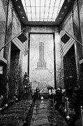Manhatten Framed Prints - Foyer Of The Empire State Building New York City Usa Framed Print by Joe Fox