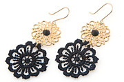 Gift Jewelry - FREE SHIPPING Idit Stern Black And Gold Flower Earrings by Idit Stern