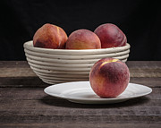 Edward Fielding - Fresh Peaches