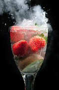 Simon Bratt Photography - Fruit cocktail explosion