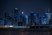 Linda Karlin - Full Moon Over New York...