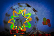 Ferris Wheels Prints - Fun Evening At The Carnival Print by Susan Candelario