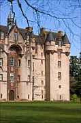 Liz  Alderdice - Fyvie Castle in Scotland
