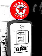 Funkpix Photo Hunter - Gas Pump Usa