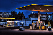 Mailis Laos - Gas Station At Night