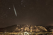 Shower Posters - Geminid meteor shower Aspen Poster by Tom Cuccio
