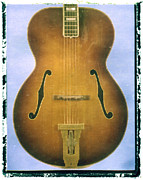 Artful Musician NY - Gibson Hollow Body...