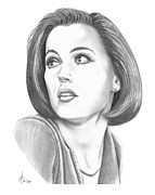 Pencil Drawing Drawings - Gillian Anderson by Murphy Elliott