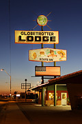 Route 66 Prints - Globetrotter Lodge - Holbrook Print by Mike McGlothlen
