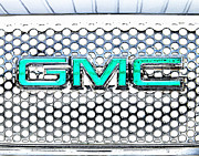Gmc Framed Prints - GMC Logo Grille Chrome Framed Print by Tim Rutz