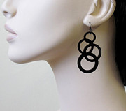 Perspex Jewellery Jewelry - Going In Circles-Inseparable Circles Earrings by Rony Bank