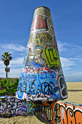 David  Zanzinger - Graffitti Pit Venice Beach CA spray-paint artists