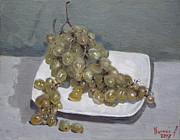 Grapes Paintings - Grapes by Ylli Haruni