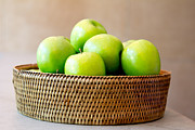 Suphakit Wongsanit - Green apples.