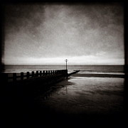 Iphone Framed Prints - Groyne II Framed Print by David Bowman
