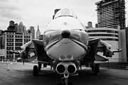 Manhaten Prints - Grumman F14 Tomcat on the flight deck of the USS Intrepid at the Intrepid new york Print by Joe Fox