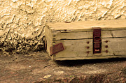 War Photo Originals - Gun box by Tommy Hammarsten