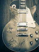 Guns N Roses Metal Prints - Guns n Roses Signed  Guitar Metal Print by Ronda Broatch