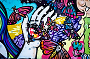 Tribal Art Paintings - Hallucinogenic Graffiti Art by Yurix Sardinelly