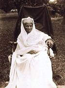 African American Photo Prints - Harriet Tubman Portrait 1911  Print by Unknown