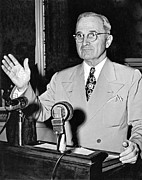 Railroad Workers Art - Harry Truman Press Conference by Underwood Archives