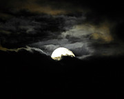 Waning Gibbous Moon Prints - Haunting Horizon 02 Print by Al Powell Photography USA