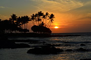 Brilliant Prints - Hawaiian Sunset at Pauoa Bay Print by Greg Cross
