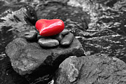 Natural Ocean Life Originals - Heart on rocks by Tommy Hammarsten