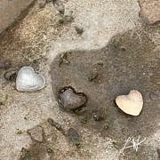 Artist and Photographer Laura Wrede - Heart Rock Love