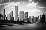Architecture And Building Prints - Hi-Res Picture of Chicago Skyline in Black and White Print by Paul Velgos