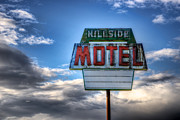 Spencer Mcdonald Framed Prints - Hillside Motel Framed Print by Spencer McDonald