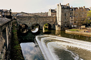 Pulteney Bridge Framed Prints - Historic Bath Framed Print by Paul Cowan