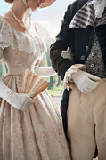 Lee Avison - Historical Couple Arm In...