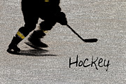 Karol  Livote - Hockey Shadow